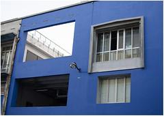 Bleue 1 (arrixaca15) Tags: friche belle mai arquitecture architecture arquitectura marseille marsella france street rue callejera ventanas luz lumiere bulbe