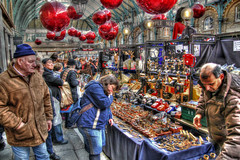 Baubles & Phones (GreasyJoe) Tags: greatbritain london market christmasballs christmasdecorations coventgarden hdr marketstalls applemarket coventgardenmarket photomatix tonemapped tonemapping christmasbaubles handheldhdr canoneos600d