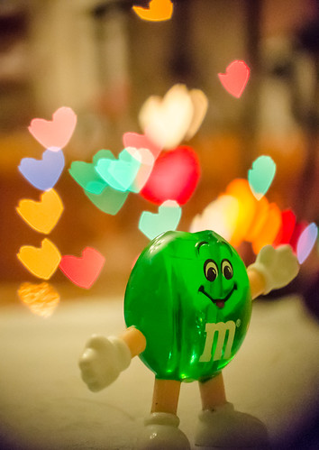 M&M with a bad attempt at custom bokeh