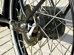workcycles-bakfiets-drum-hub (@WorkCycles) Tags: classic dutch tricycle details fixedgear oldfashioned heavyduty bakfiets bakfietsen workcycles cargotrike