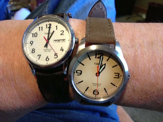 ecuador watches time timepiece