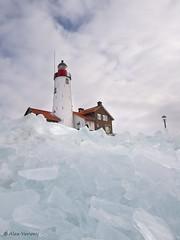 Kruiend ijs op Urk ... Explore (Alex Verweij) Tags: winter ice explore vuurtoren 2012 urk ijselmeer ijs abigfave kruiendijs alexverweij kruiend opurk febr2012