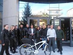 Ηλεκτροκίνητα ποδήλατα παρέδωσε στη Δημοτική Αστυνομία ο Δήμαρχος Αμαρουσίου Γ. Πατούλης για τις περιπολίες στις γειτονιές της πόλης