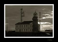 Faru de Pees (Argayu) Tags: lighthouse faro nikon asturias asturies cabupees seleccionar nikond90 farodepeas faropees