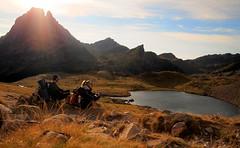 valle de ossau - bajando del refugio de ayous (40denoviembre) Tags: mountain landscape lago monte montaa pyrenees pirineos ibon ossau ayous mididossau