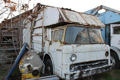 Ford / Western FL (Scott (tm242)) Tags: classic ford trash dumpster truck garbage body top c front pack rubbish western series abc trucks fl refuse recycle loader recycling bakersfield packer fel maxon amrep shupak bemars