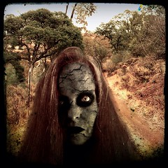 (jakl5) Tags: creepy sp horror livingdead walkingdead ishotmyself horrorclub uploaded:by=flickstagram jakl5 instagram:photo=1457191801216466416832 hclivingdead jakl5sp