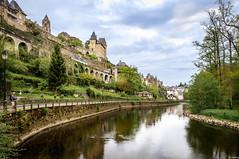 Uzerche en Corrze (nouki29) Tags: france correze fleuve chateau