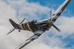 Spitfire Rolling In (Lee532) Tags: battleofbritainmemorialflight bbmf supermarine spitfire ab910 fighter plane aircraftaeroplane aviation vintage heritage raf royalairforce warbird nikon d500 tamron150600mm military