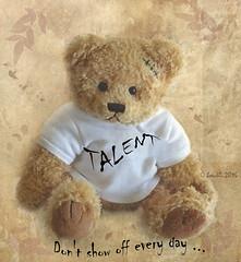 Talent! (boeckli) Tags: talent poetography textures texturen teddy bear br cuddly soft fur baltasargracian painterly