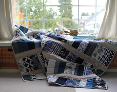 Stacked China quilt (PatchworkPottery) Tags: stackedcoins patchwork quilt embroidery freemotion blue white linen navy handmade quilted