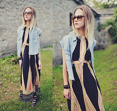 ///boho ambient by Kadri S., visual artist & musician from Tallinn, Estonia (9lookbook.com) Tags: 70s asos autumn backless bandeau beanie bikerboots black blouse bohemian boho boots brown casual coat coldshoulder converse crochet crop cutout dark denim dress fauxfur gamiss gray green hood jeans khaki laceup maxi minimal miniskirt monochrome noir overknee pencilskirt print retro ripped romper romwe sammydress sleeveless staywarmlb steampunk stonewash strappy summer sunglasses sweater swimsuit trees trench vest white wholesale7 zara zipper