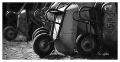 Feierabend (memories-in-motion) Tags: feierabend arbeit erledigt done work afterwork canon eos mono black white schwarz weiss iso100 85mm f16 12000 5d ef85mmf12 schubkarren wheelbarrow pushcart