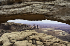 (robbar74) Tags: canyonlandsnationalpark mesaarch utah usa rocks