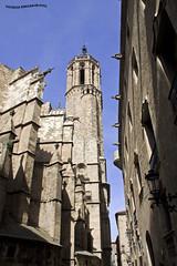 Iglesia en Barrio Gotico 2 (pniselba) Tags: espaa spain barcelona barrio gotico barriogotico gothic iglesia church