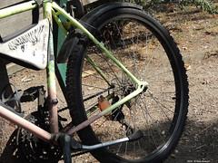 ER 160818 (49) (Paolo Bonassin) Tags: italy emiliaromagna casalecchiodireno pontedipace bridges ponti bridge ponte fiumi reno rivers fiumereno bike bici bicicletta