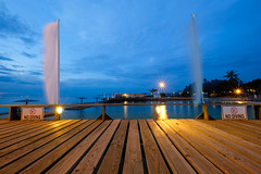 No diving ^_^ (Hendraxu) Tags: nodiving diving wood light evening long exposure starburst resort camp holiday