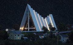 The Arctic Cathedral (jan-krux photography - thx for 1.6 Mio+ views) Tags: arcticcathefral arktische kathedrale norwegen norway tromso norge church kirche christlich kreuz abend evening lights building gebaeude archetektur archetecture olympus omd em1 eurppa europe scandinavia skandinavien