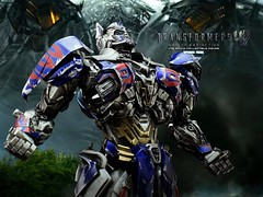 tf4op_002 (siuping1018) Tags: comicave optimusprime transformer photography actionfigures toy canon 5dmarkii 50mm