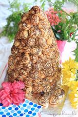 Croquembouche (bonnie.chuong) Tags: food dessert croquembouche