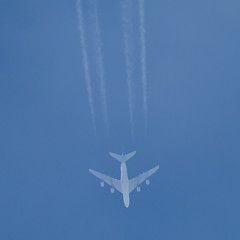 HL7615 (sabian404) Tags: plane airplane contrail aviation air korean airbus a380 whale overhead a380861 fl340 hl7615