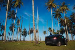 DSC_0089-2 (mohdhanafiah) Tags: blue sky tree car landscape village coconut kitlens malaysia kampung kelapa terengganu nama kereta pokok revisited lanskap setiu nikond40 kampungmangkuk mohdhanafiah afsdxnikkor1855mmf35f56gii