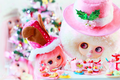 earlier that day... (launshae) Tags: christmas pink valentine blythe rement francoise ananassa middie launshae