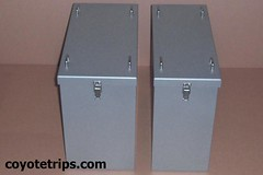 Motorcycle Aluminum Pannier_PA40-PA33 (coyotetrips) Tags: travel aluminum luggage adventure moto motorcycle trunk boxes accessories dualsport aluminium cases adv alu accessory advrider topbox sidecases alukoffer hardluggage sideboxes coyotetrips motorcyclepanniers