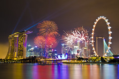 Singapore 2013 Countdown Firework (Wang Guowen (gw.wang)) Tags: singapore firework countdown 2013