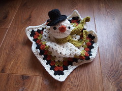Snowman security blankie (ham_and_eggs) Tags: winter baby snow square acrylic handmade crochet security yarn gift blanket blankie granny amigurumi lovie