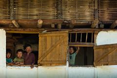 06_KAN7206 (David Ducoin) Tags: nepal portrait house asia child np himalaya rai kangchenjunga taplejung limbu ducoindavid tribuducoin