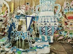 Hurricane comin' (Candelario _Bach) Tags: costumes paper folk parade cardboard caribbean bahamas nassau canival shacks onefamily junkanoo