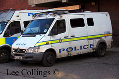 Mercedes Police Van at Millgarth Leeds (Lee Collings Photography) Tags: mercedes transport leeds police emergency westyorkshire policevan emergencyvehicles emergencyservices emergencyservice policevehicles westyorkshirepolice leedscitycentre policetransport emergencyservicevehicles publicordervan mercedespolicevan mercedespolicevehicles westyorkshireemergencyservices emergencyservicetransport emergencyservicestransport