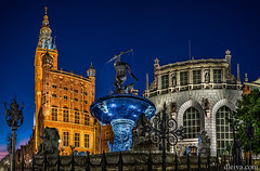 Gdansk, Neptune fountain in front of the town hall (dleiva) Tags: dleiva domingo leiva human representation architecture water photography night europe town hall fountain statue sculpture tower poland outdoors color image no people vertical built structure illuminated building exterior spire public gdansk low angle view central in front of