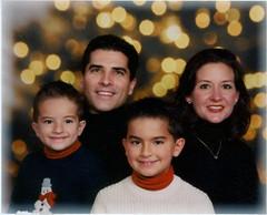 Nicholas, Gregory, Alexander & Jennifer Chestnut, VA, 2007 Dec. (rwayneshoaf) Tags: chestnutnicholas chestnutgregory chestnutalexander chestnutjennifer virginia 200712