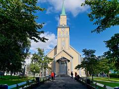 Troms - La Cattedrale (di maggio antonio) Tags: norway nature capo nord lofoten sami tromso lumix mtf leica 15mm f17 dg summilux asph landscape micro four thirds