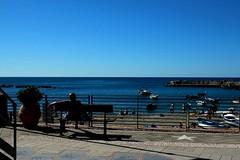 banc (luc.degeuse) Tags: monterosso italia cinqueterre mer paysage ciel
