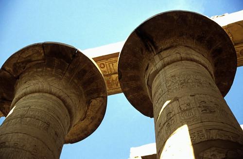 "Ägypten 1999 (327) Karnak-Tempel: Großer Säulensaal im Tempel des Amun-Re • <a style=""font-size:0.8em;"" href=""http://www.flickr.com/photos/69570948@N04/29110237465/"" target=""_blank"">View on Flickr</a>"
