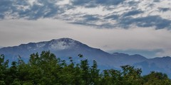 P1000807 (therovingeye) Tags: pikespeak snow snowcapped snowfall mountain rockymountains rockies sunrise dawn morning