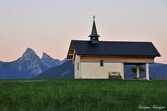 La chapelle de Champeillant (joménager) Tags: montagne champeillant dentdoche gavot chapelle hautesavoie nikond3 nikonpassion clocher paysage nikonafs24120f4 coucherdesoleil rhônealpes thononlesbains france fr