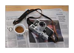 espresso (Istvan Penzes) Tags: leicamptyp240 leicasummilux35mmasphfle penzes manualfocus rangefinder availablelight handheld leicam2 espresso saturdaymorning cameraporn