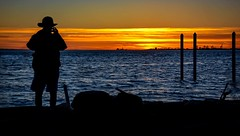 CLICK ! (Images by Christie  Happy Clicks for) Tags: silhouette photography photographer night usa whatcomcounty pointroberts beach shoreline ocean camera nightphotography