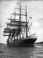 134; Sailing Ship, Pamir, Wellington Harbour - Circa 1940 (Wellington City Council) Tags: wellington historicwellington 1800s 1900s 1950s