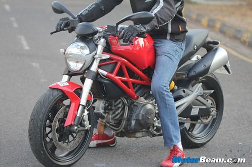 Ducati-Monster-795-57