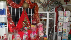 Christmas at Seju Selektion Florist - Barbados (sejuselektion) Tags: christmas shop basket barbados florist caribbean giftshop flowershop giftbaskets sejuselektion flowershopinbarbados floristinbarbados sejuselektionflowershop sejuselektionflowergiftshop flowershopsinbarbados barbadosflorist