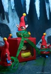 Hurry up, guys! (Clarkent78) Tags: christmas toy toys dreamworks diorama happymeal elves northpole mcdonaldshappymeal toyphotography toydiorama clarkent78 jeffquillope riseoftheguardians 2012christmas toyphotographyaddict