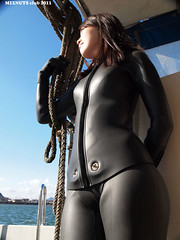 Black1300011b (mixnuts club) Tags: fetish scuba diving rubber diver wetsuits frogwoman