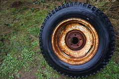 DSC03079 (Dan Nevill) Tags: wheel oregon circle rust tire oregoncoast shortsands