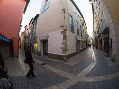 Collioure (pstani) Tags: people france fisheye kira collioure languedocroussillon staniforth olympusepl1 pstani