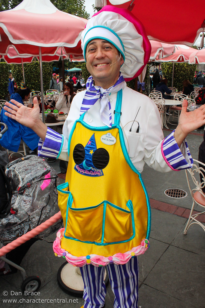 Pat E Cake At Disney Character Central